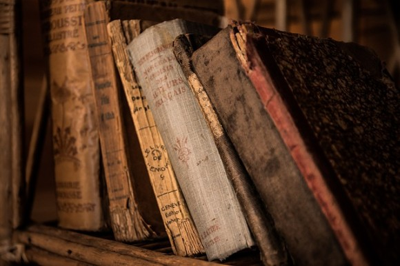 old-books-436498_640
