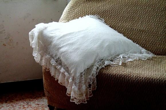 pillow-263387_640